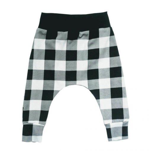 broek met zwart witte blokken